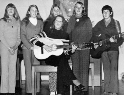 Teenage-singing-group-(Sharon-Huf,-Kerry-Huf,-Julie-Gould, Dale Huf, Steve Russell, Sharny (in-front)